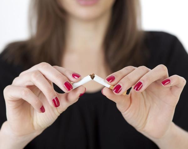 Dühös leszokni a dohányzásról. Mi a hatékonyabb a dohányzásról való leszokásban